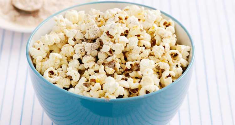How to Cook Popcorn Without a Microwave