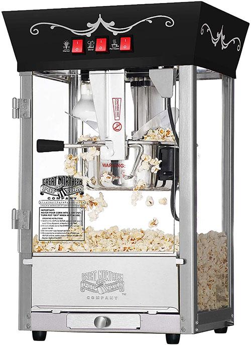 Making Popcorn Using a Popcorn Machine